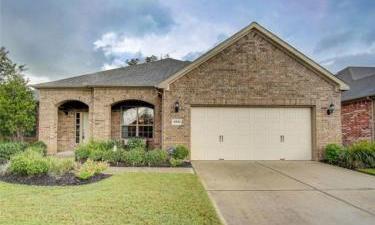 2911 Persimmon Grove, Richmond, Texas